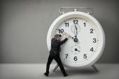 چگونه مدیریت زمان داشته باشیم؟ ۸ نکته برای مدیریت زمان بهتر