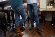 زبان بدن پاها: چند نشانه برای اینکه بدانیم او به ما علاقه دارد یا خیر!