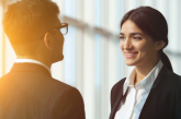 چگونه با یک مرد حرف بزنیم؟ ۱۰ راه برای صحبت کردن موثر با مردان